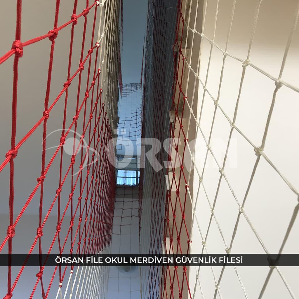 okul merdiven koruma ağı